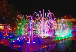 Зимняя подсветка фонтана